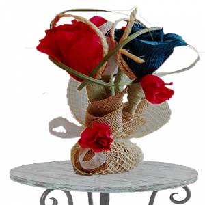 Detalles para la ceremonia - Centro de Mesa Flores de Papel y decoración de rafia